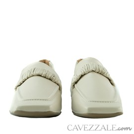 Mocassim de Couro Cavezzale Slim Off White 102558