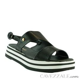 Sandália de Couro Preto Cavezzale 102176