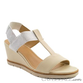 Sandália em Couro Creme Cavezzale Premium 0101440